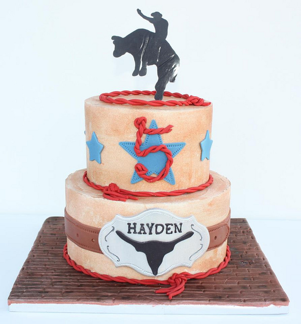 7 Photos of Rodeo Cakes Bull R