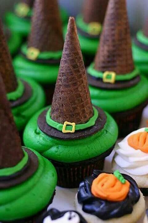 Halloween Treats Witches Hat Cupcakes