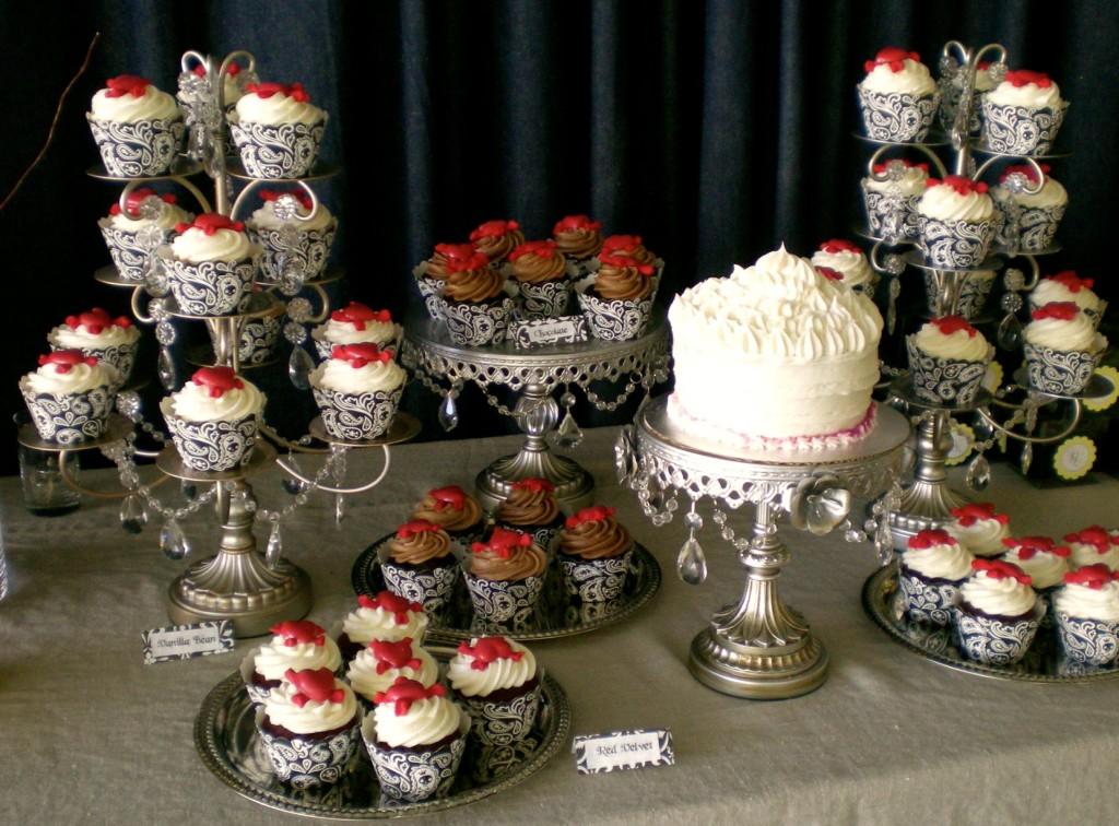 Halloween Wedding Cake and Cupcakes