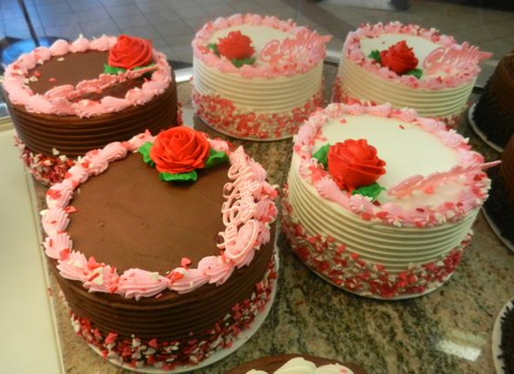 Images of Mother Day Cakes with Buttercream