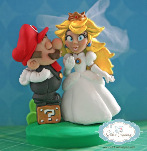 7 Photos of Princess Peach And Mario Cupcakes
