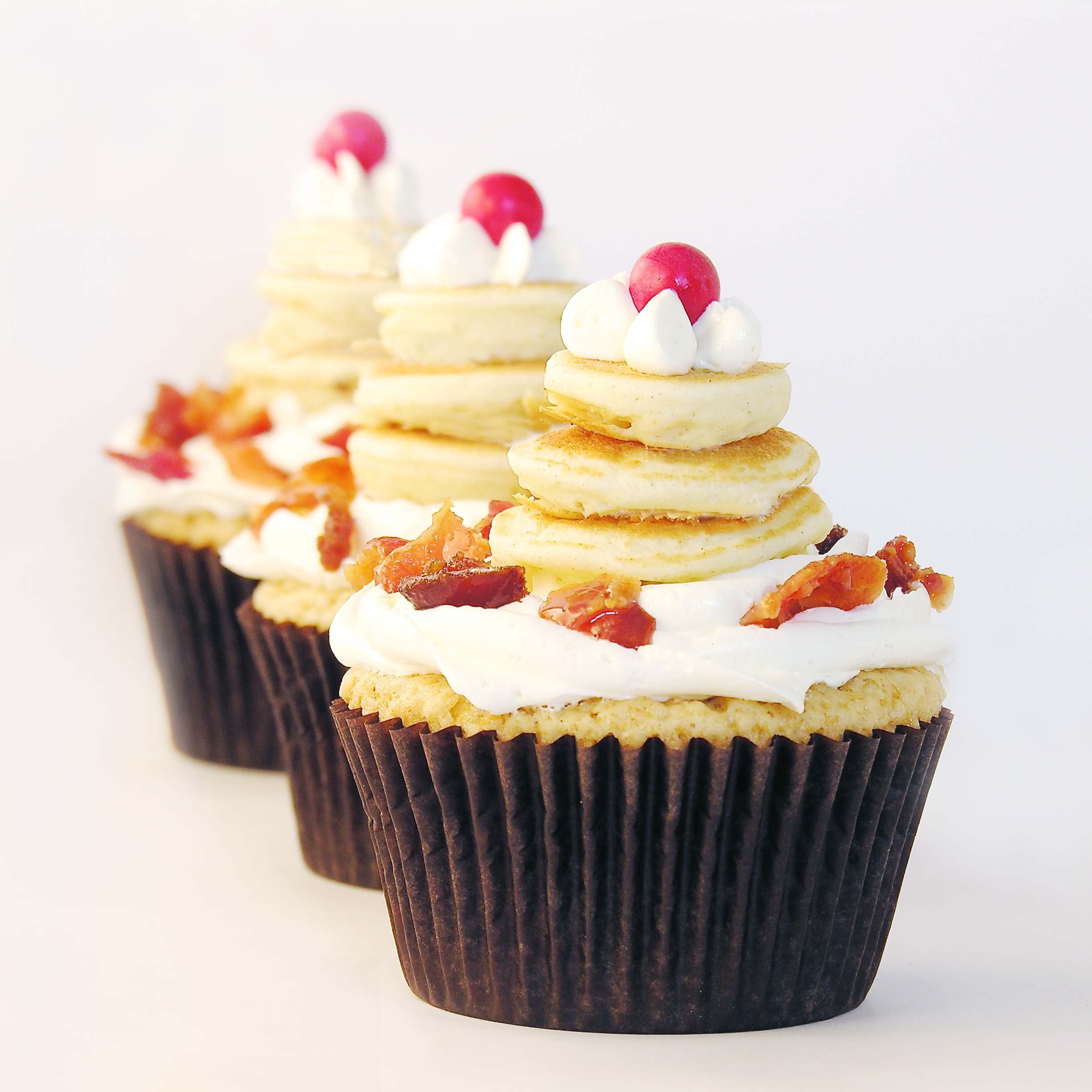 6 Photos of Pancake Cupcakes With Bacon
