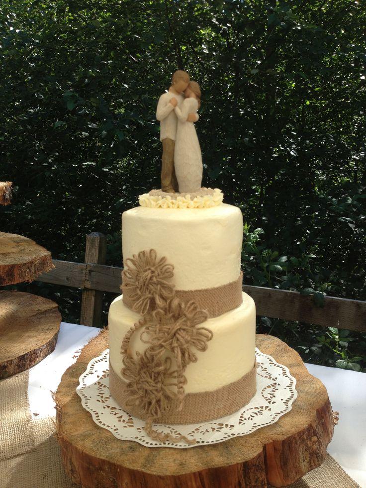 9 Photos of Elegant Wedding Cakes Burlap