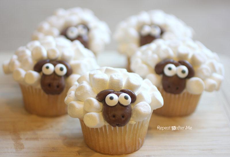 11 Photos of Lamb Themed Cupcakes