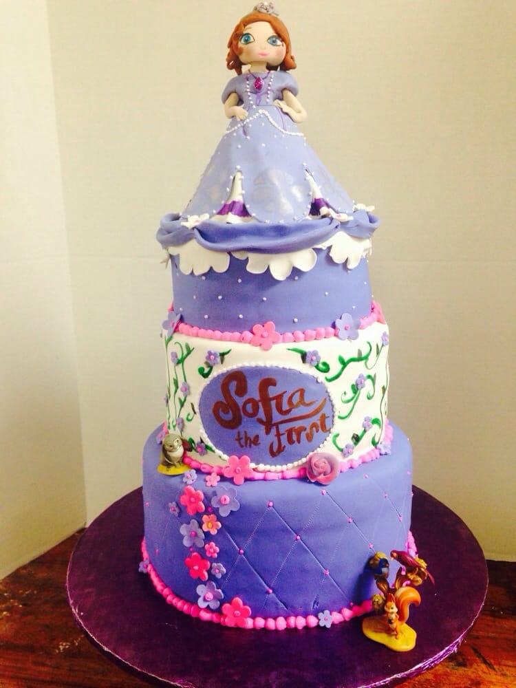 Sofia First Cake