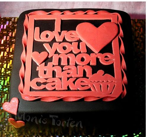 5 Photos of Dark Chocolate Valentine Cakes