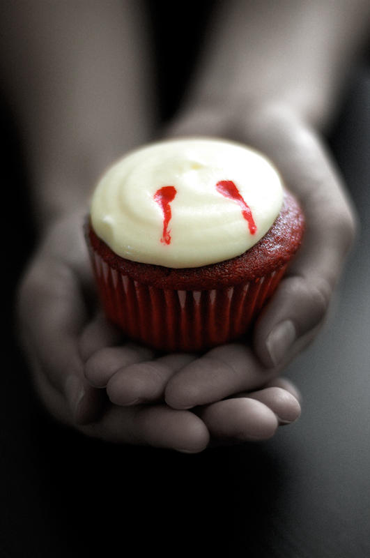 6 Photos of Vampire Bite Cupcakes