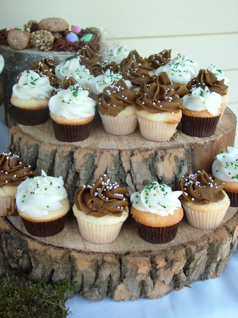 12 Photos of Woodland Theme Baby Shower Cupcakes