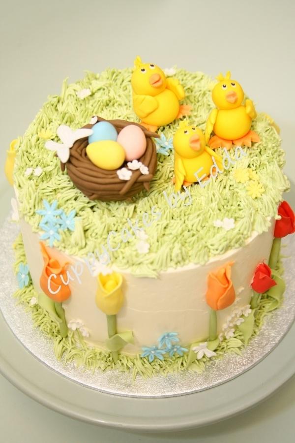 Baby Easter Chicks Cake