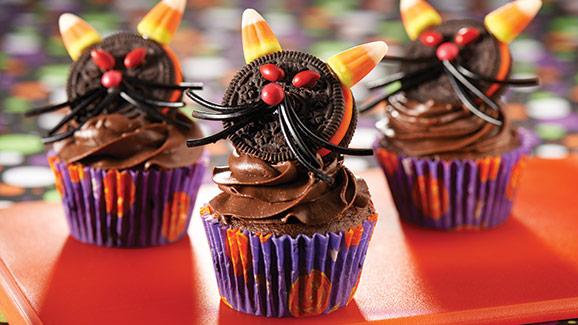 Black Cat Halloween Cupcakes Easy