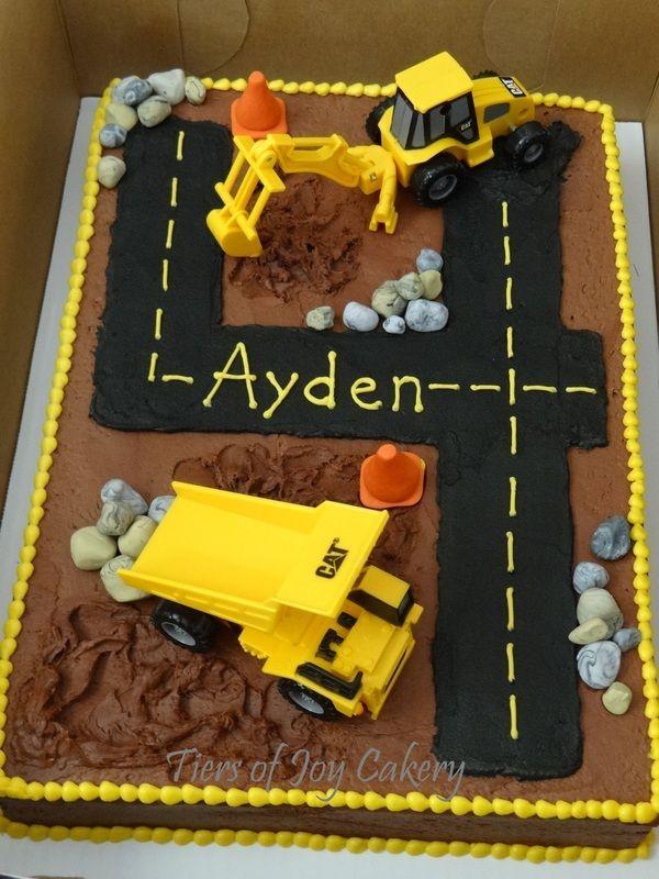 Construction Birthday Cake for Fondant
