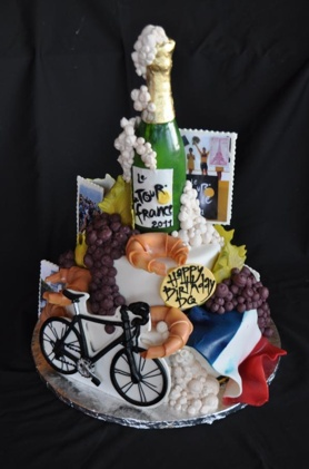 De Birthday Tour Cake France-themed