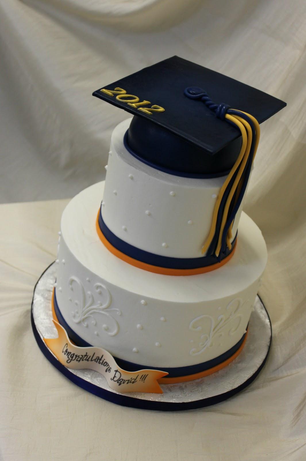 10 Photos of Man Graduation Cakes