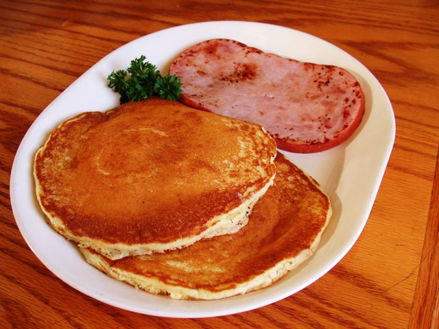 Pancakes-With-Ham-And-Cheese