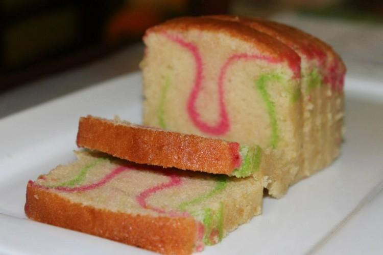 Ribbon Cake Pan