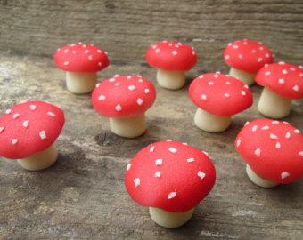 Toadstool Mushroom Cake Pops