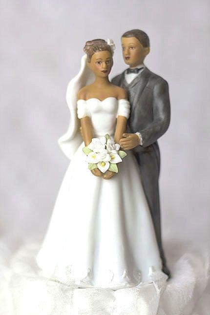 13 Photos of Elegant Small Wedding Cakes Topper