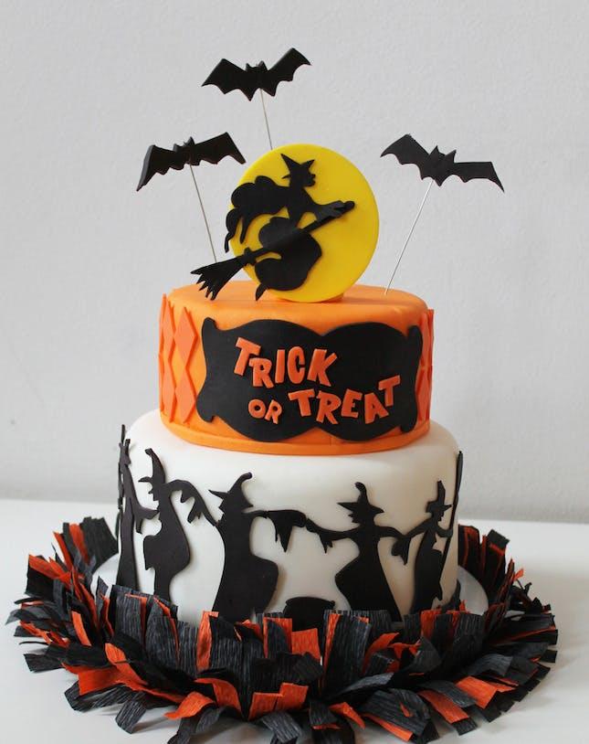 Amazing Halloween Cake