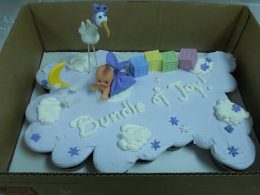 Baby Shower Pull Apart Cupcake Cake