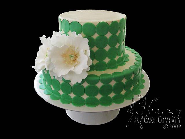 Cake with Fondant Circle S