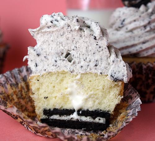 Cookies and Cream Cupcake Filling