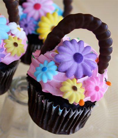 6 Photos of Flower Basket Cupcakes