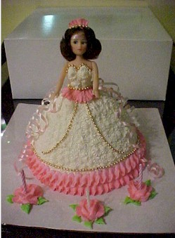 Decorating Doll Cakes
