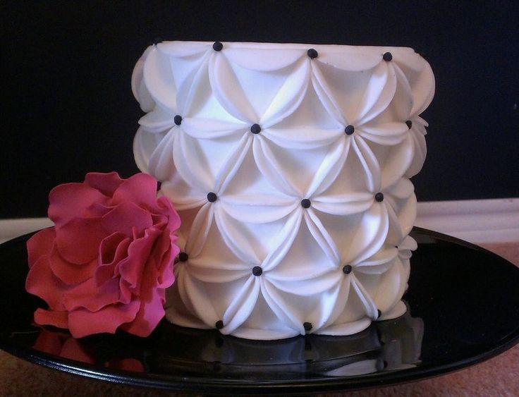 Fondant Circles On Cake