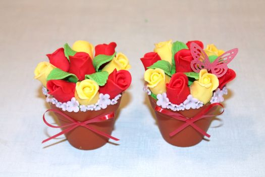 How to Make Flower Pot Cupcakes