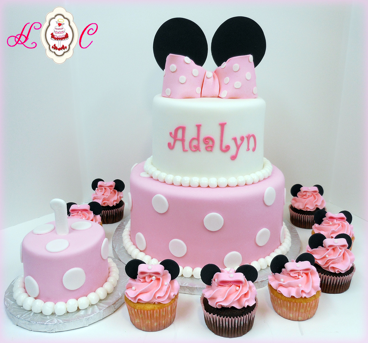 7 Photos of Minnie Mouse First Birthday Cake With Cupcakes