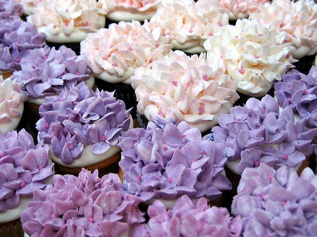 Purple Hydrangea Flower Cupcakes