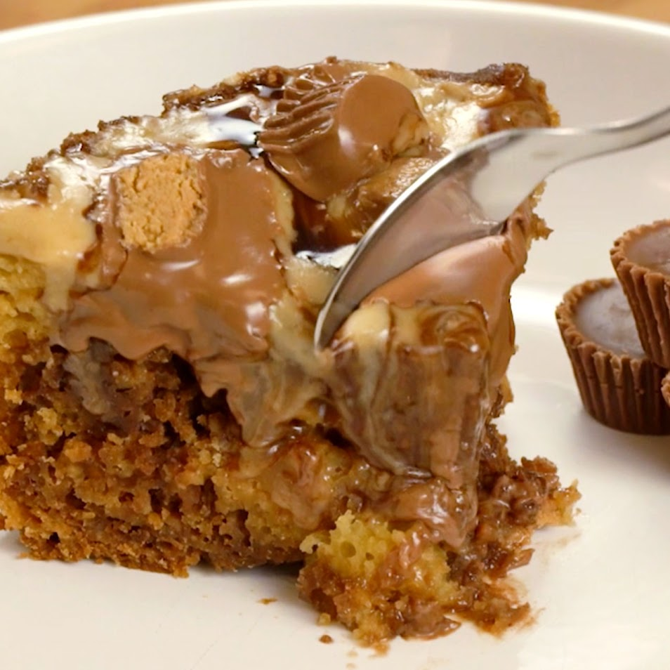 Slow Cooker Peanut Butter Cake