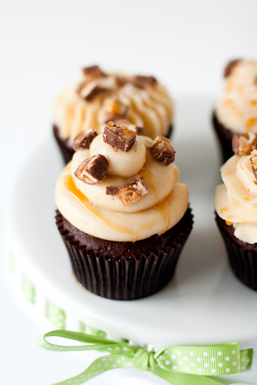 8 Photos of Snickers Cupcakes With Cake Mix