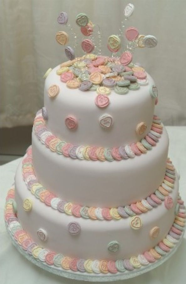 Wedding Cake Designs with Heart