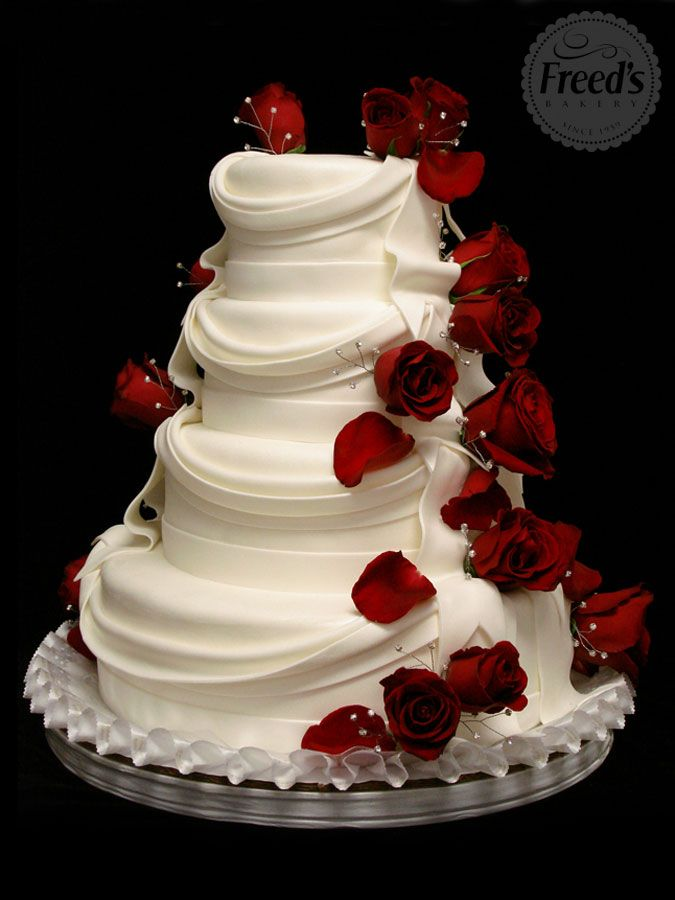Wedding Cake White with Red Roses