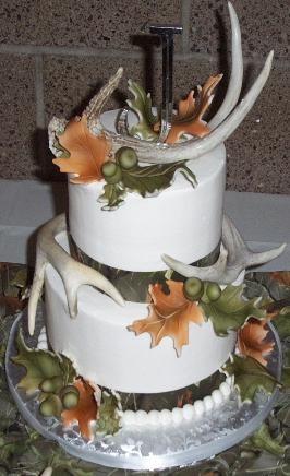 Wedding Cakes with Deer Antlers